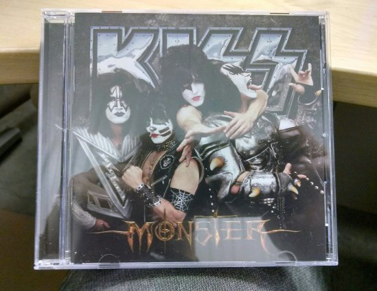 00 KISS Monster CD