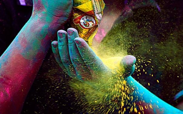 1383325713_paint_dust_w1