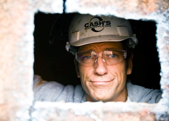 mike-rowe-funny-faces-pictures3